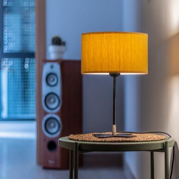 Moderne Tischleuchte Bulb Attack Doce 1/T senffarben