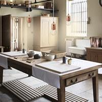 Schöne Hängeleuchte Bulb Attack Uno mit Fassung E27 Blattkupfer , dekorativem Textilkabel weiß in der Küche